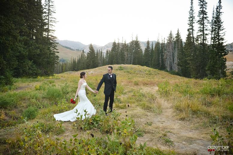 Outdoors_Wedding_Photographers_Dezember.JPG