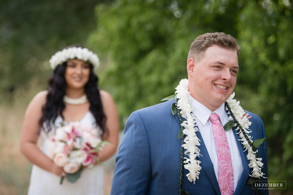 Groom waits to see Polynesian bride for the first time