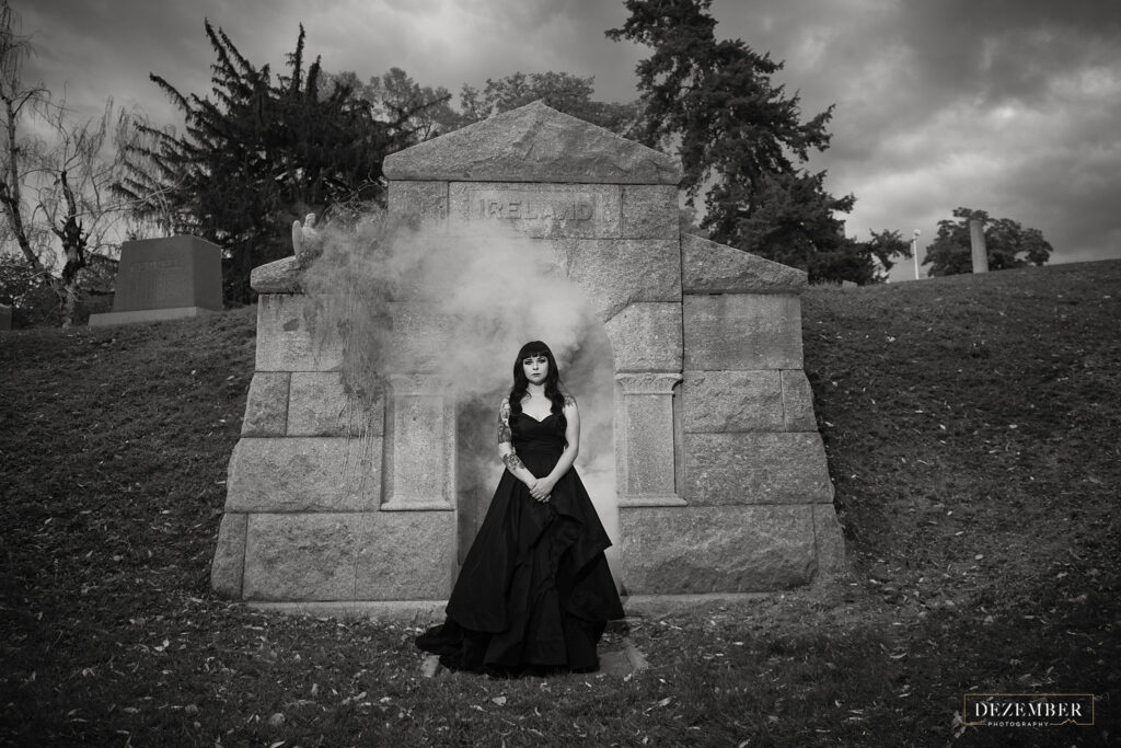 Goth bridal photo shoot in cemetery